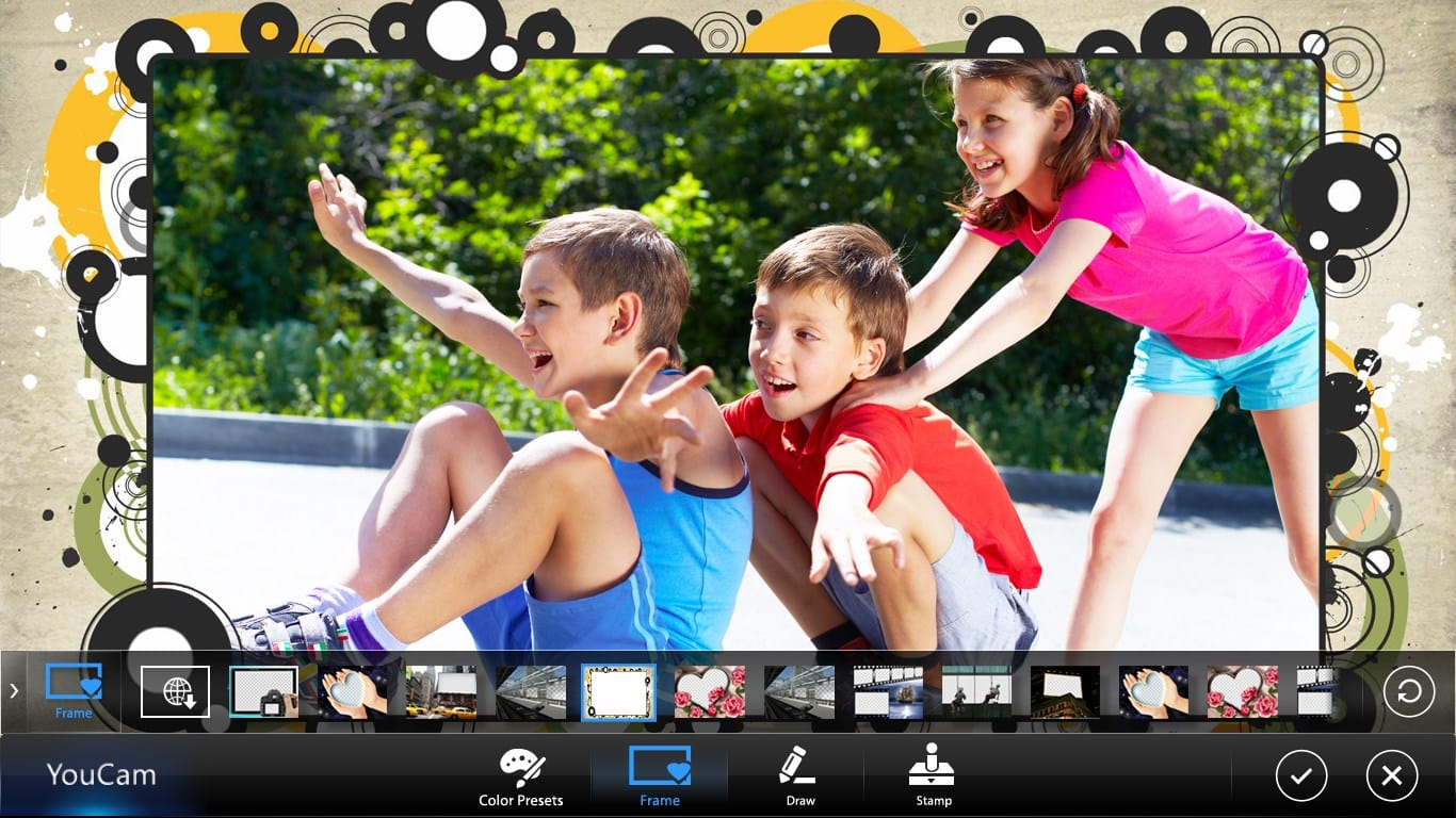 YouCam Mobile for Deluxe