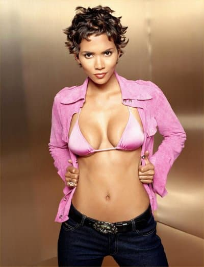Halle Berry Screensaver