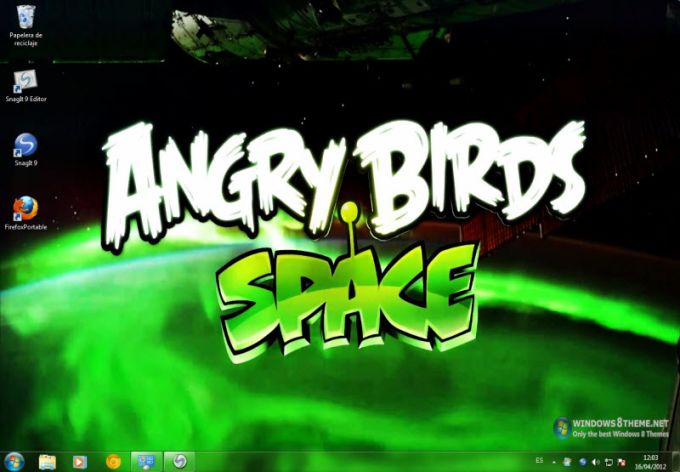 Tema de Angry Birds Space