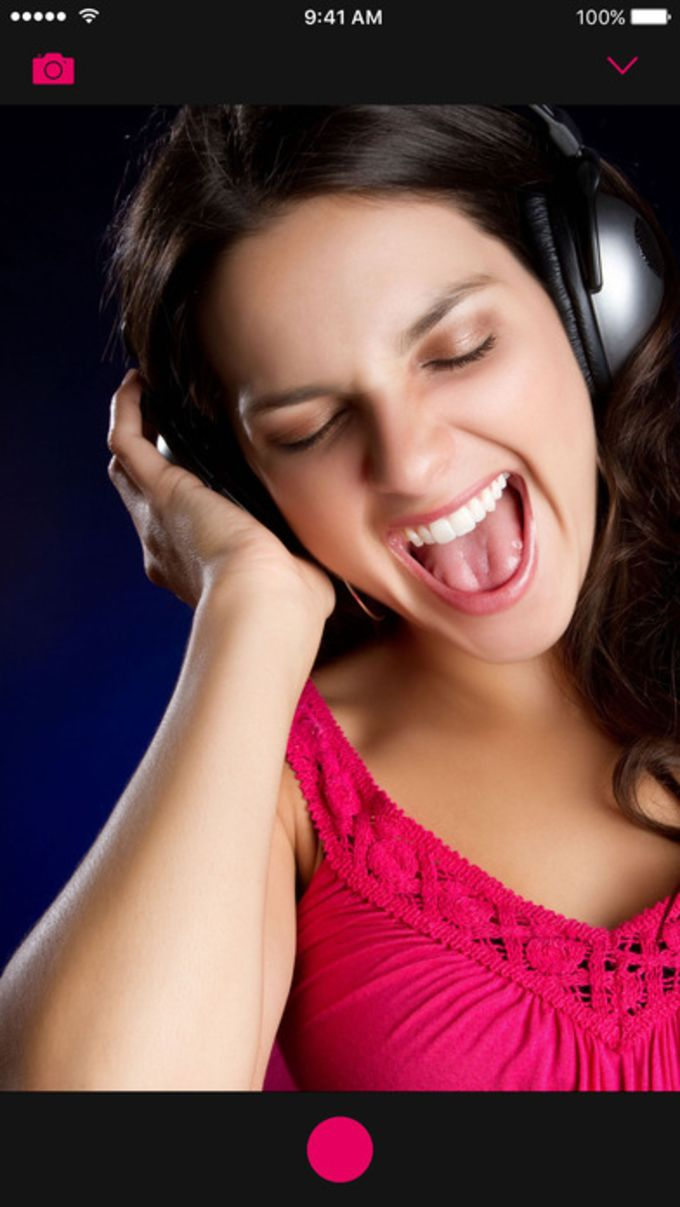 Voloco: Auto Voice Tune Harmonizer and Karaoke