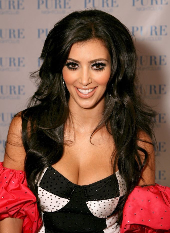 Kim Kardashian Wallpapers (HD) (Pack of 10)