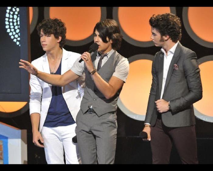 Jonas Brothers Screensaver