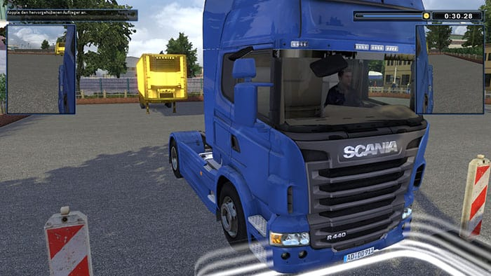 TRUCKS & TRAILERS - Maniobra Scania