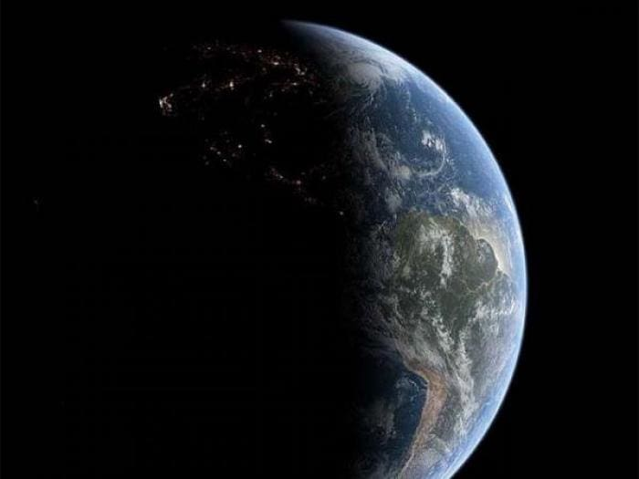 Free Earth ScreenSaver