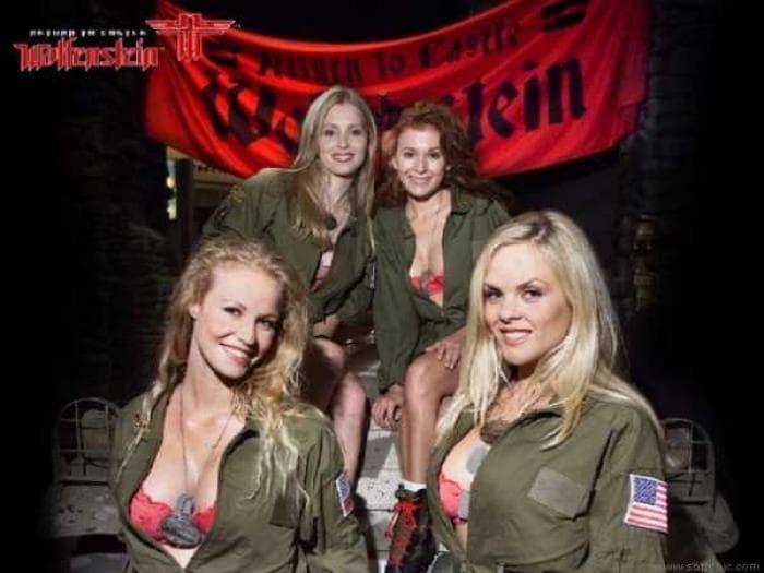 Girls of Return To Castle Wolfenstein Screensaver
