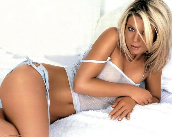 Tara Reid Wallpaper