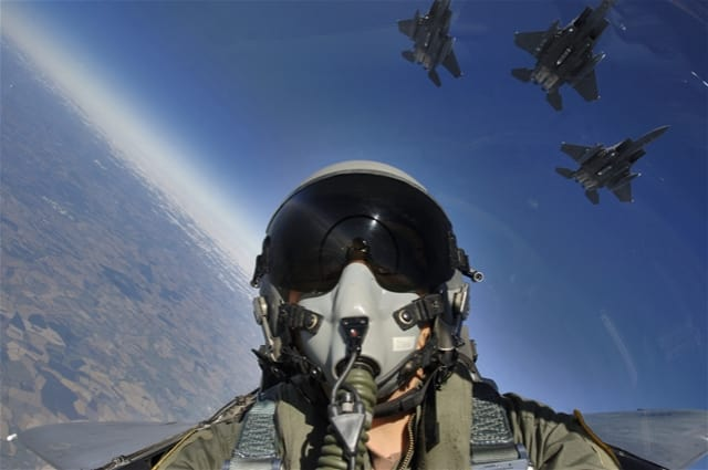 F-15 Screen Saver